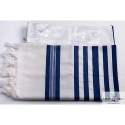 tallit for children with blue stripe